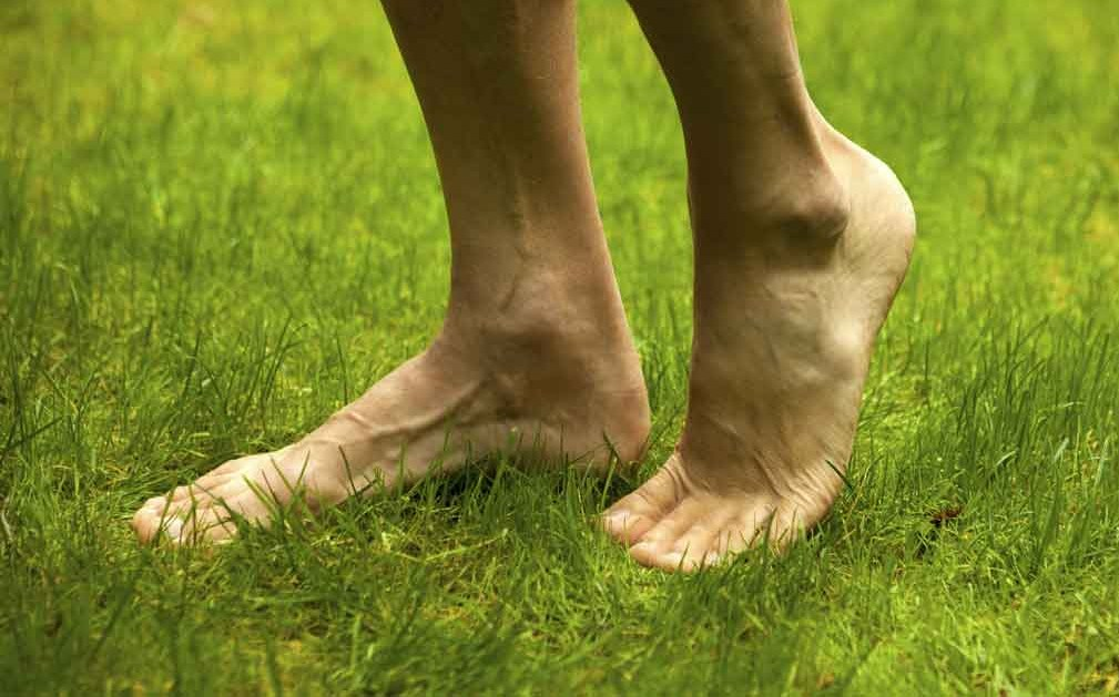 Health Benefits of Earthing